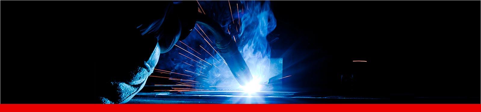 Das MIG MAG Schweißen ist ein sehr effizientes Schweißverfahren, weil hier hohe Arbeitsgeschwindigkeiten erreicht werden.