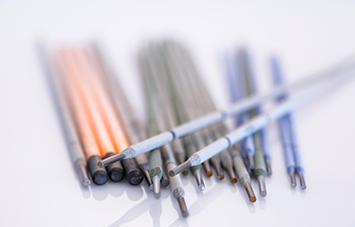 Im Bereich der Schweißelektroden bieten wir eine Vielzahl von Werkstoffen für unterschiedlichste Anwendungen an.